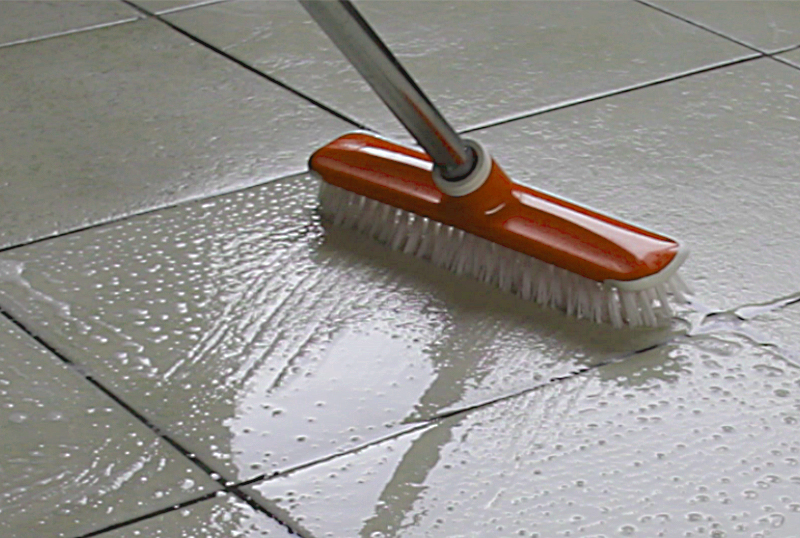 How to properly clean porcelain ceramic tiles